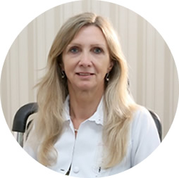 DRA. ANGELA MARIA MOSER